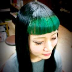 ミディアム ストリート グリーン ツートン ヘアスタイルや髪型の写真・画像