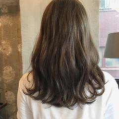 ナチュラル セミロング 透明感 女子会 ヘアスタイルや髪型の写真・画像