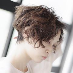 無造作パーマ ベリーショート ショート ショートヘア ヘアスタイルや髪型の写真・画像