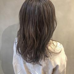 イルミナカラー アディクシーカラー 簡単ヘアアレンジ インナーカラー ヘアスタイルや髪型の写真・画像