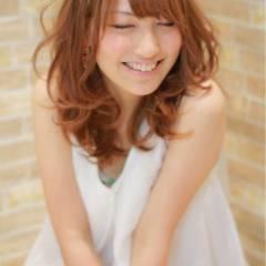 大人かわいい セミロング ゆるふわ フェミニン ヘアスタイルや髪型の写真・画像