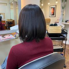 ナチュラルベージュ 艶髪 サラサラ ナチュラル ヘアスタイルや髪型の写真・画像