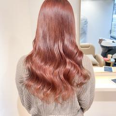 ピンクベージュ セミロング ヨシンモリ 韓国ヘア ヘアスタイルや髪型の写真・画像