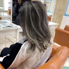 圧倒的透明感 透明感カラー シアーベージュ ミルクティーグレージュ ヘアスタイルや髪型の写真・画像