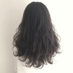 波ウェーブ デート 外国人風 ニュアンス ヘアスタイルや髪型の写真・画像