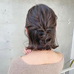 ハーフアップ ミニボブ エレガント 切りっぱなしボブ ヘアスタイルや髪型の写真・画像