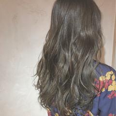 ロング ミルクティー 外国人風 コンサバ ヘアスタイルや髪型の写真・画像
