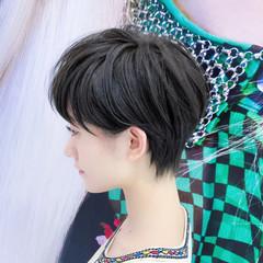 ハイライト ナチュラル ショート パーマ ヘアスタイルや髪型の写真・画像