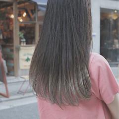 グラデーションカラー イルミナカラー 外国人風 ロング ヘアスタイルや髪型の写真・画像