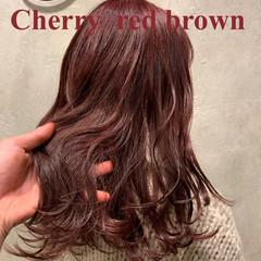 ラベンダーピンク チェリー チェリーレッド ベリーピンク ヘアスタイルや髪型の写真・画像