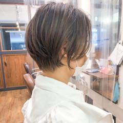 ショートボブ ナチュラル ショートヘア ブリーチカラー ヘアスタイルや髪型の写真・画像