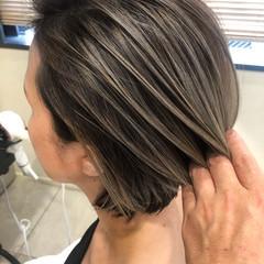 ボブ 外国人風カラー アンニュイほつれヘア バレイヤージュ ヘアスタイルや髪型の写真・画像