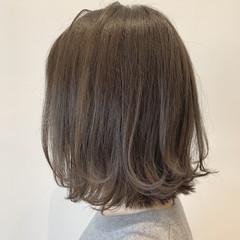 グレージュ ベージュ ミニボブ ナチュラル ヘアスタイルや髪型の写真・画像