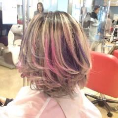 ショート レッド ピンク ガーリー ヘアスタイルや髪型の写真・画像