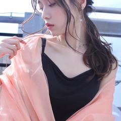 ポニーテールアレンジ ナチュラル セルフアレンジ ロング ヘアスタイルや髪型の写真・画像