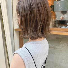 ミニボブ ベリーショート 切りっぱなしボブ ボブ ヘアスタイルや髪型の写真・画像