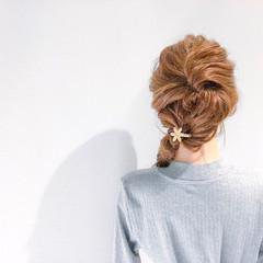 ヘアアレンジ デート アウトドア オフィス ヘアスタイルや髪型の写真・画像