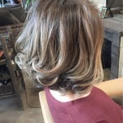 ブラウンベージュ アッシュ 黒髪 グラデーションカラー ヘアスタイルや髪型の写真・画像