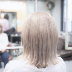 ストリート 外ハネ ボブ ミルクティーベージュ ヘアスタイルや髪型の写真・画像