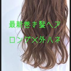 デート ロング 巻き髪 フェミニン ヘアスタイルや髪型の写真・画像