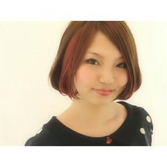 ナチュラル レッド インナーカラー ピンク ヘアスタイルや髪型の写真・画像