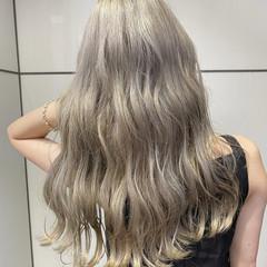 ショートボブ ショートヘア インナーカラー モード ヘアスタイルや髪型の写真・画像