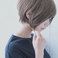 デート ショート ナチュラル 抜け感 ヘアスタイルや髪型の写真・画像