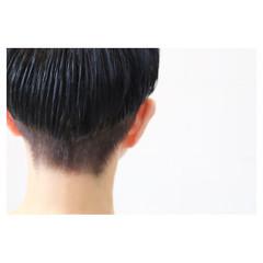 マッシュ モード ネイビー 刈り上げ ヘアスタイルや髪型の写真・画像