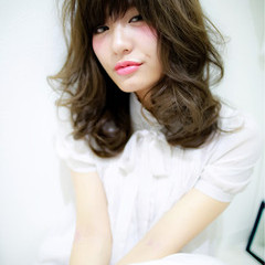 大人かわいい グラデーションカラー 外国人風 ブルージュ ヘアスタイルや髪型の写真・画像
