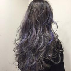 グレージュ 外国人風 ガーリー セミロング ヘアスタイルや髪型の写真・画像