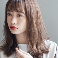 ミディアム 鎖骨ミディアム ミディアムヘアー ナチュラル ヘアスタイルや髪型の写真・画像