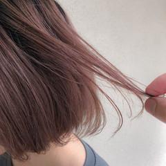 ボブ ストリート ブリーチカラー ピンクベージュ ヘアスタイルや髪型の写真・画像