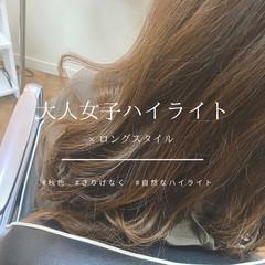 レッドブラウン ウェーブ 大人ハイライト ロング ヘアスタイルや髪型の写真・画像
