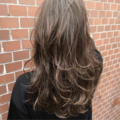ストリート 外国人風 アッシュ ロング ヘアスタイルや髪型の写真・画像