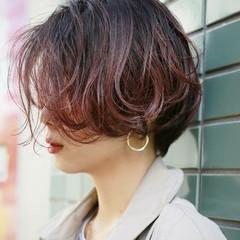 ナチュラル ショート アンニュイほつれヘア パーマ ヘアスタイルや髪型の写真・画像
