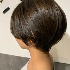 ショートヘア ハンサムショート ナチュラル ショートボブ ヘアスタイルや髪型の写真・画像
