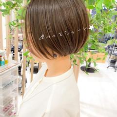ショートヘア 切りっぱなしボブ ショートボブ ボブ ヘアスタイルや髪型の写真・画像