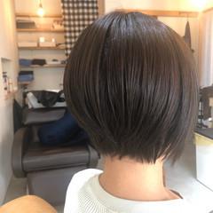 ショート ヘアカラー 透明感カラー アッシュブラウン ヘアスタイルや髪型の写真・画像