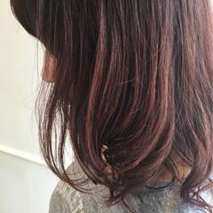 ミディアム ゆるふわ ベージュ ピンク ヘアスタイルや髪型の写真・画像