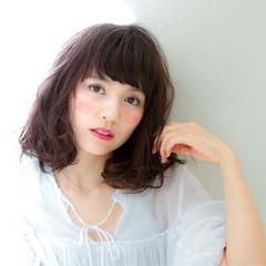 フェミニン ゆるふわ ピュア ワイドバング ヘアスタイルや髪型の写真・画像