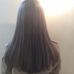 外国人風 グレージュ ストリート ロング ヘアスタイルや髪型の写真・画像