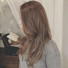 大人かわいい 冬 上品 エレガント ヘアスタイルや髪型の写真・画像