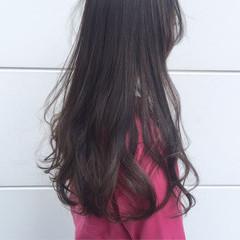 ナチュラル ロング ダークアッシュ 暗髪 ヘアスタイルや髪型の写真・画像