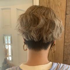 ナチュラル ショート ダブルカラー ナチュラル可愛い ヘアスタイルや髪型の写真・画像