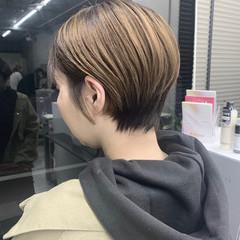 小顔ショート ハンサムショート ショート ナチュラル ヘアスタイルや髪型の写真・画像