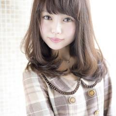 フェミニン グラデーションカラー 外国人風 ナチュラル ヘアスタイルや髪型の写真・画像