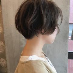 デート 外ハネ こなれ感 ナチュラル ヘアスタイルや髪型の写真・画像
