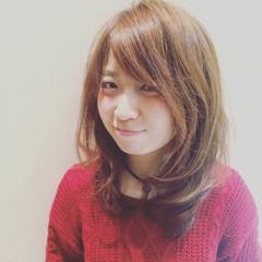 大人かわいい フェミニン セミロング 大人女子 ヘアスタイルや髪型の写真・画像