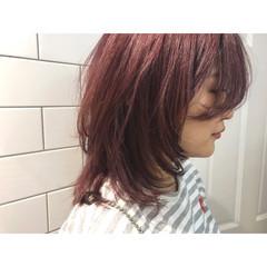 ピンク マッシュ 色気 外ハネ ヘアスタイルや髪型の写真・画像
