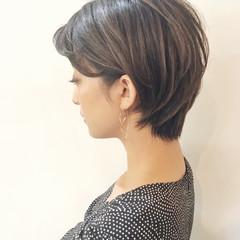 ストリート ヘアアレンジ ウェーブ オフィス ヘアスタイルや髪型の写真・画像
